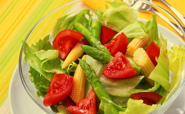 トマト サラダ